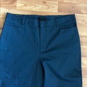 Limited blue stretch pants short